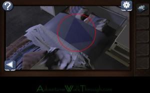 Can You Escape Horror Level3 blue triangle