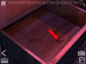 Cabin Escape Alice Story Part3 wooden cross