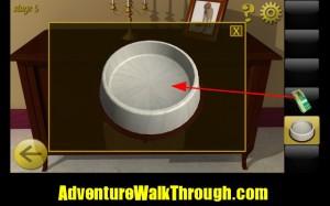 World Escape Level5 dog food bowl