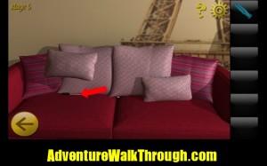 World Escape Level5 sofa pillow