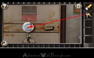 Escape the Prison Room Level3 insert door key